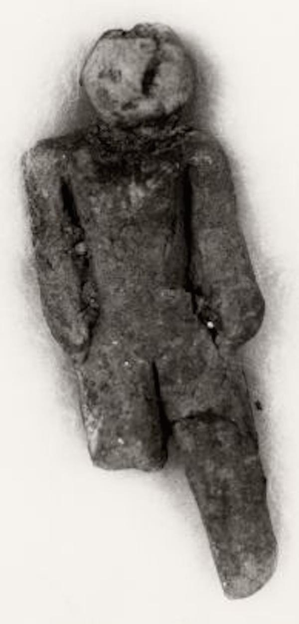 4. This small hand-made human figurine was found in Nampa, Idaho in 1889. Pretty standard right? Not in the slightest. This figurine was found at a depth of around 320 feet during a drilling operation. The depth that it was found at would make the time period that it was created in far before humans came to this part of the world. No one has ever been able to explain how it arrived at this spot, but plenty have come forward to simply say it is simply impossible.