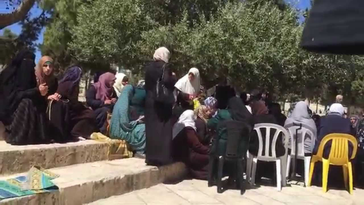 """Courts Rule That Yelling """"Allahu Akbar"""" At Jews Visiting Temple Mount Illegal"""