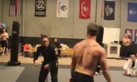 Bodybuilder Gets OWNED By A Jiu-Jitsu Blackbelt Then PUT TO SLEEP BY A GIRL!