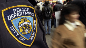 new-york-man-claims-police-brutally-beat-him-in-incident-caught-on-video.si