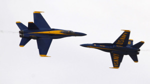 F/A-18 Hornet fighter jets (Reuters/David McNew)