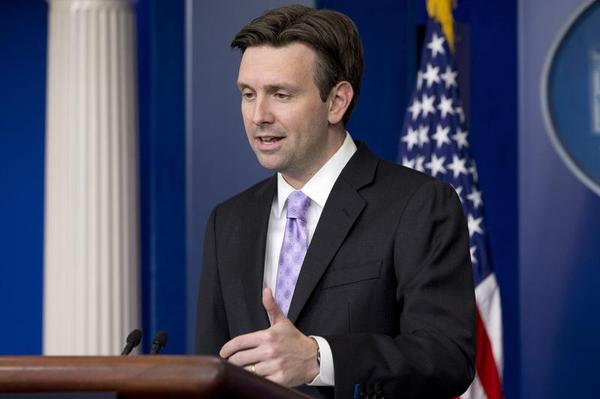White House press secretary Josh Earnest speaks about Ebola during his daily news briefing at the White House in Washington, Monday, Oct. 27, 2014. (AP Photo/Jacquelyn Martin) AP Photo/Jacquelyn Martin