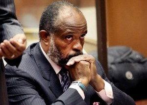 Then-California state Sen. Rod Wright appears at a Los Angeles Courthouse during a Sept. 3 hearing. Wright has been sentenced to 90 days in jail for lying about residence. (Nick Ut/AP)