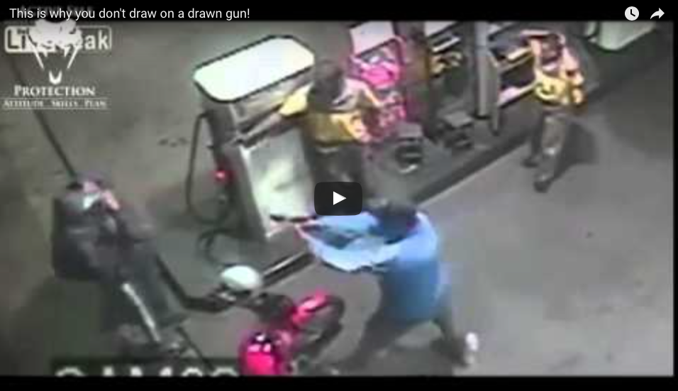 [WATCH] Off Duty Cop Is Patient Enough To Wait Until Perfect Moment To Act [Graphic]