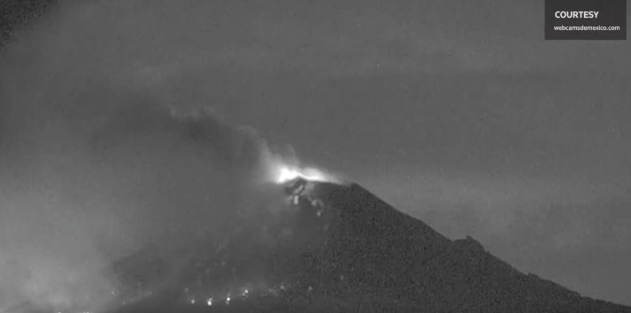 [WATCH] Mexico's Popocatepetl Volcano Dramatically Erupts