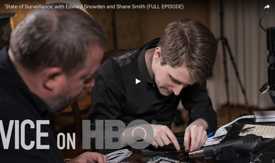 [WATCH] Edward Snowden Shows How To Make Your Phone 'Go Black' To Hide From Big Brother