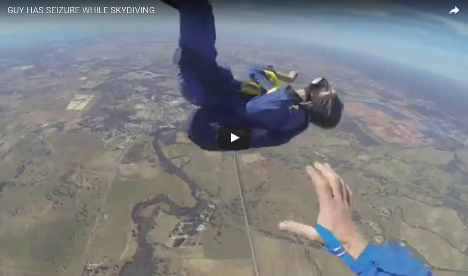 [WATCH] Guy Has A Seizure While Skydiving