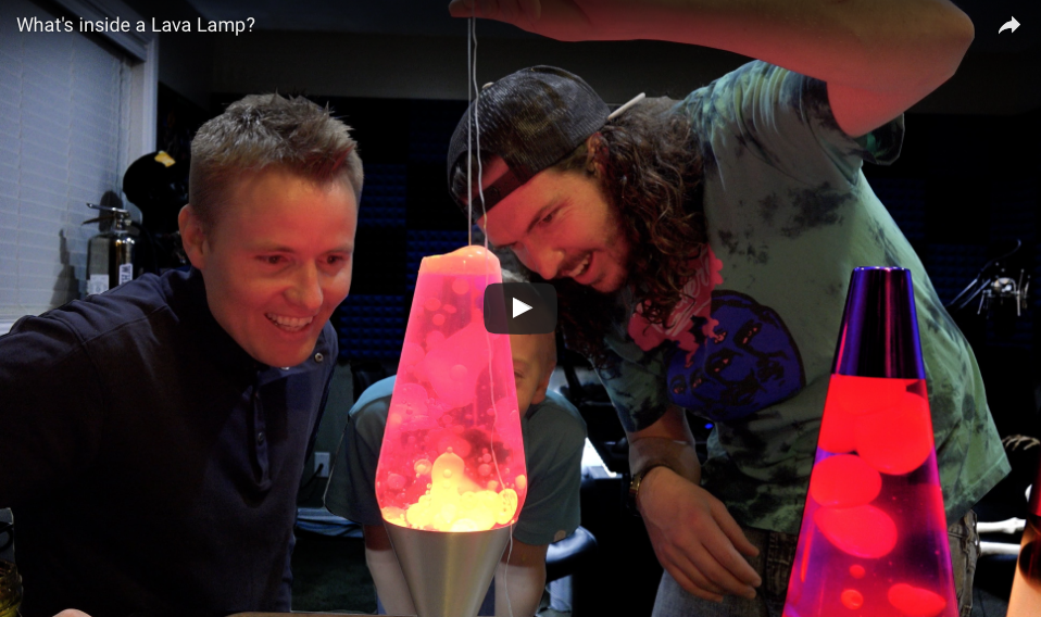 [WATCH] What's Inside A Lava Lamp?