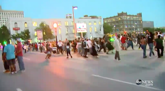 Smartphone Footage From Multiple Bystanders Shows Chaos In Dallas That Has Left 5 Dead