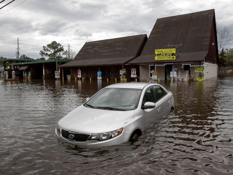 AP_louisiana_flooding_1_jt_160313_4x3_992