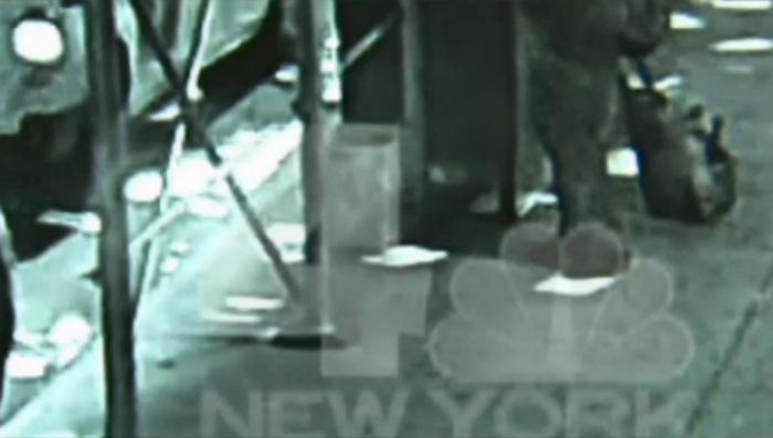 New VIDEO Shows Terrorist Planting Bomb On Busy NY Street