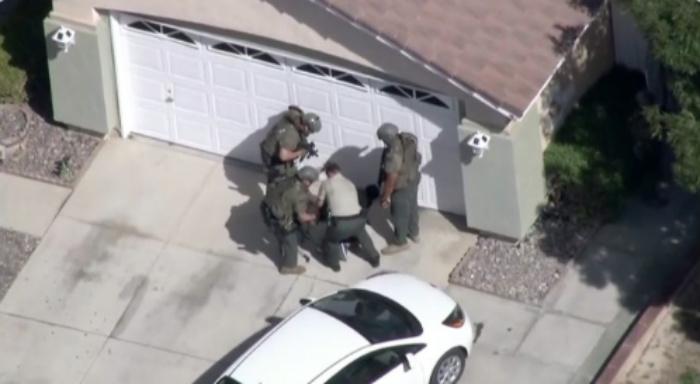VIDEO UPDATE: Los Angeles Sheriff's Deputy Dead, SWAT Team Moves On Rogue Gunman